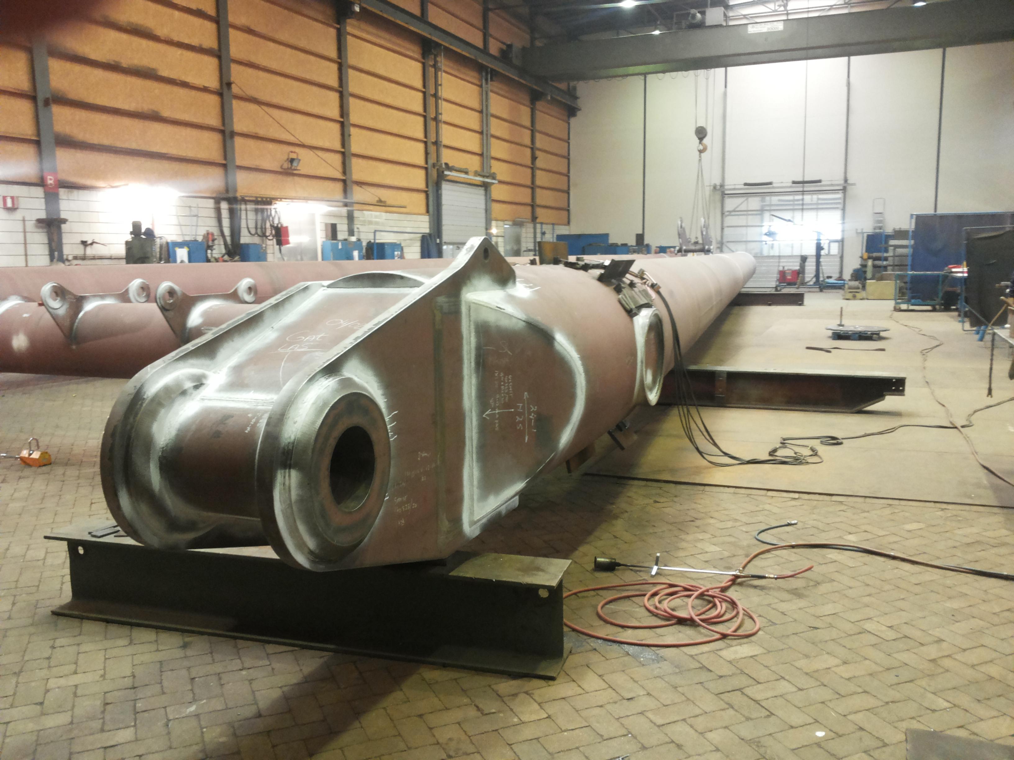 high spec steel assembly - Hubert