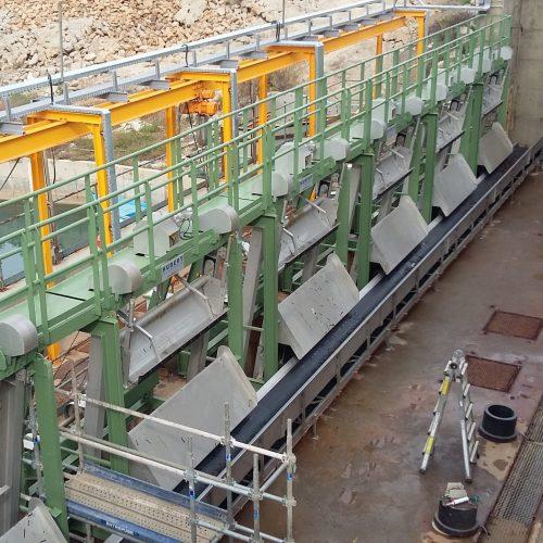 Hubert water intake conveyor system